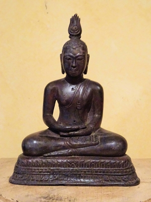 Seated Buddha in Virasana with his hands in Dhyasana and eyes closed in meditation, Characteristic of Sri Lankan tradition with usinisa bearing the flame ornament
